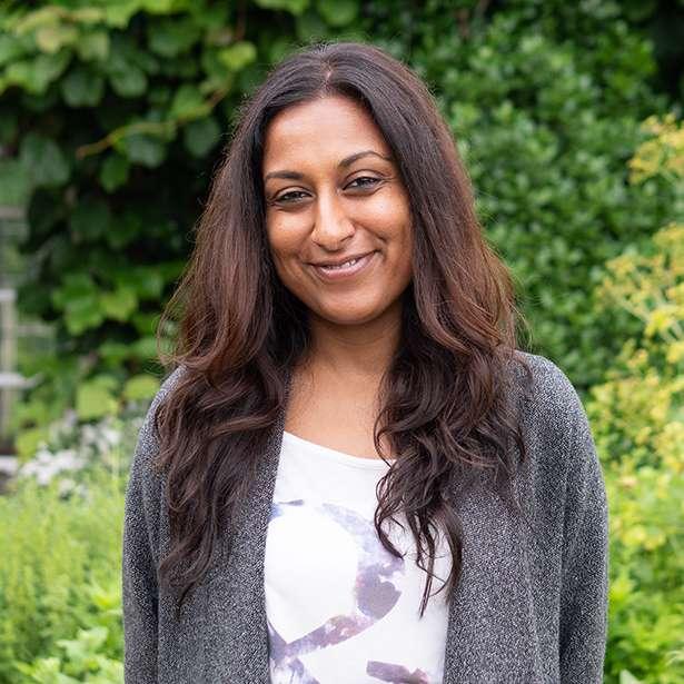 Portrait photo of Yamini Patel, Fashion Teacher at Brockwood Park School