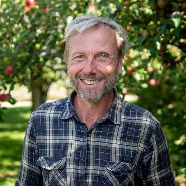 Portait photo of Chris Cordrey, Gardener at Brockwood Park School