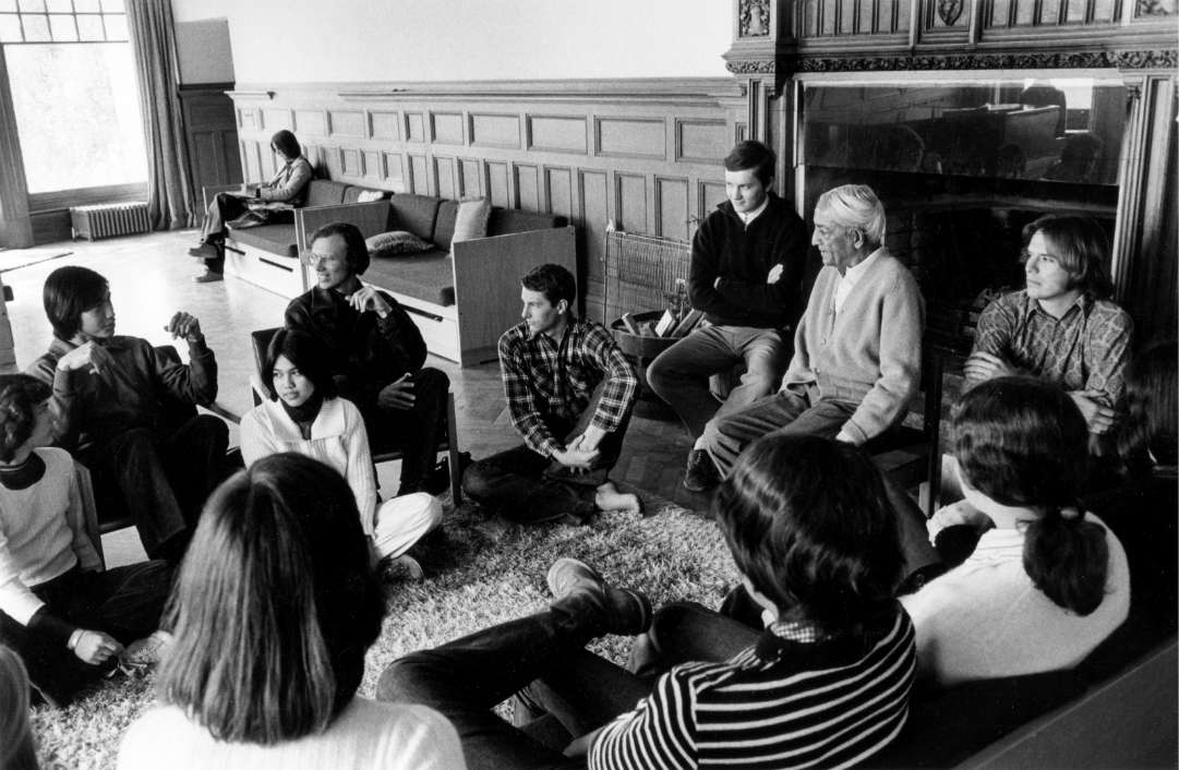 Jiddu Krishnamurti, founder of Brockwood Park School, in the school's living room.